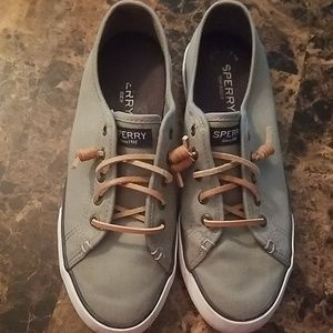 Sperry's low rise Sneaker